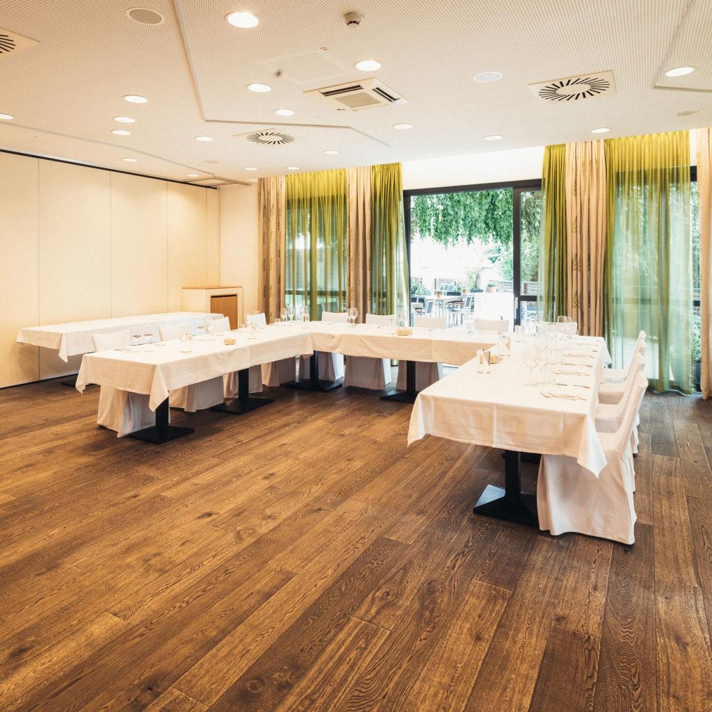 HOTEL_Seminar_006_2000x2000